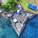 Benteng Kalamata by @rianviolet